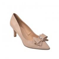Heel pumps leather look with beige shoe size 40