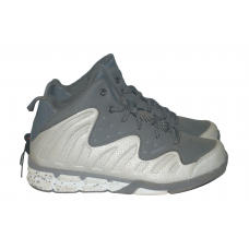 AND1  Men s Drive Basketball Shoe