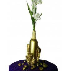 Vase decoratif or style africain